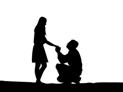 proposal-of-marriage-1724676_640